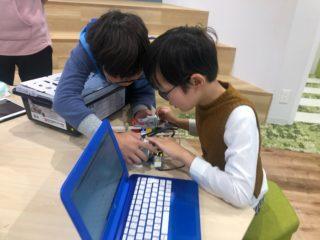 ロボ団と他のプログラミング教室の違い